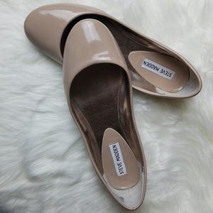 Steve Madden | Nude patent round toe ballet flat